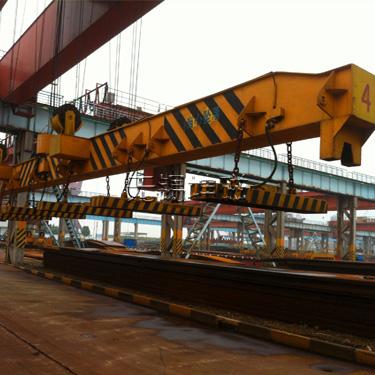 MW17吊运重轨用起重电磁铁